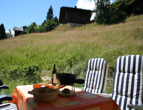 Garden Haus Myrrena Mürren, ready for fondue