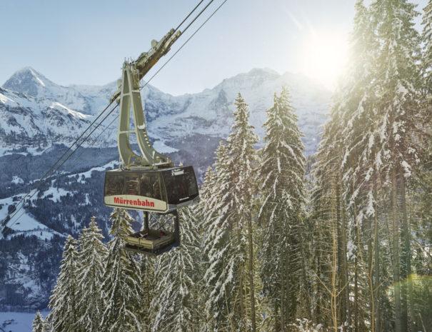 muerren-luftseilbahn-winter
